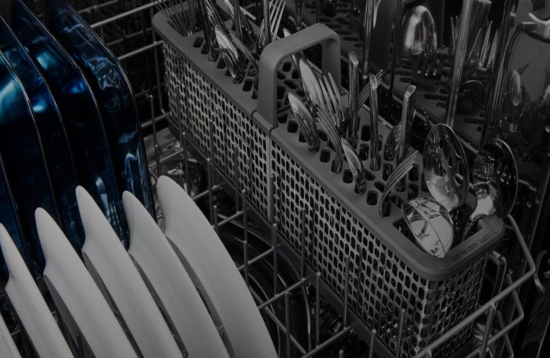 راهنمای خرید مایع و پودر جرم گیر ماشین ظرفشویی